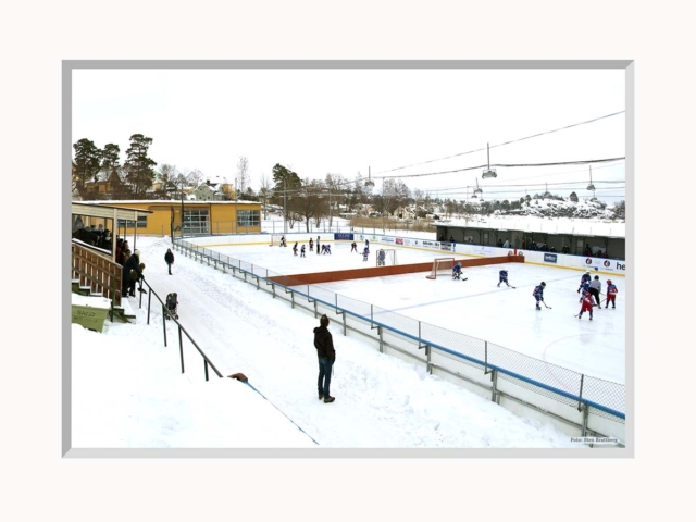 Saltisbilder gamla ishockeyrinken